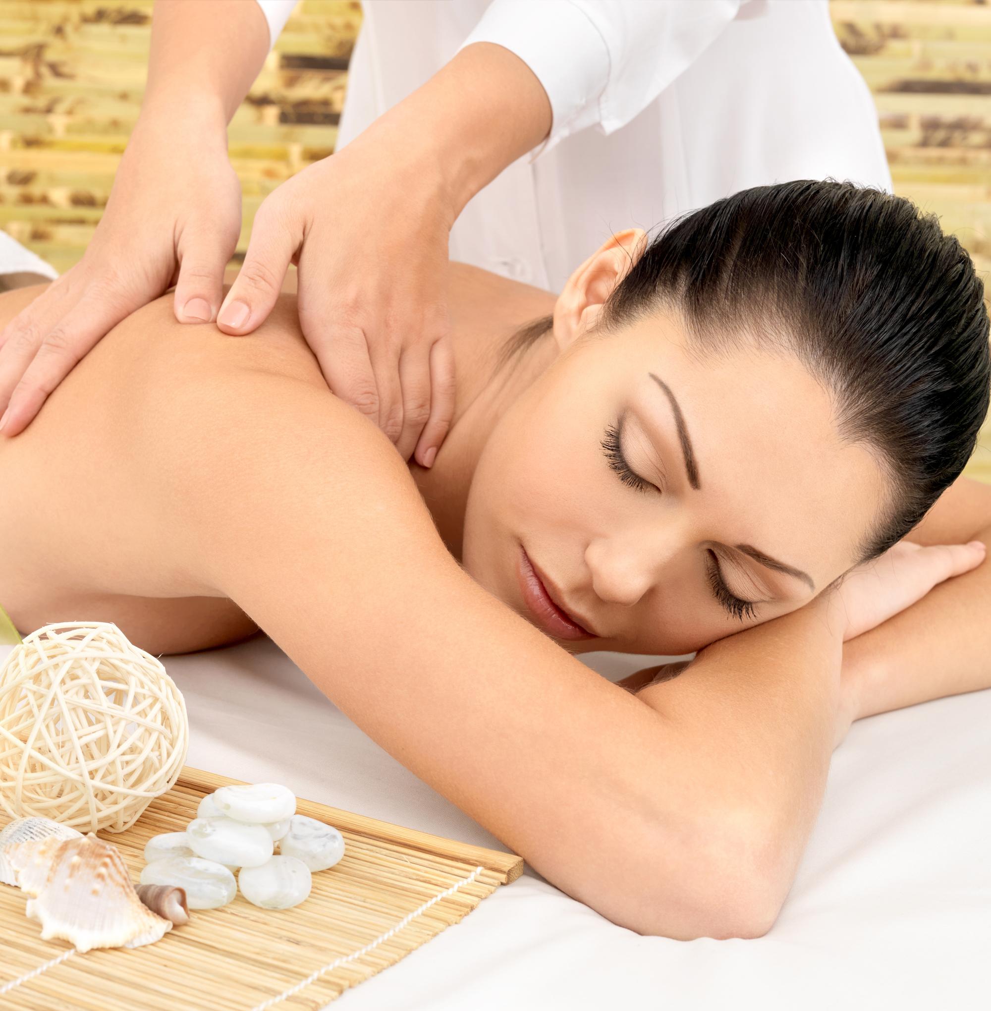 Servicio masaje pequeña mama